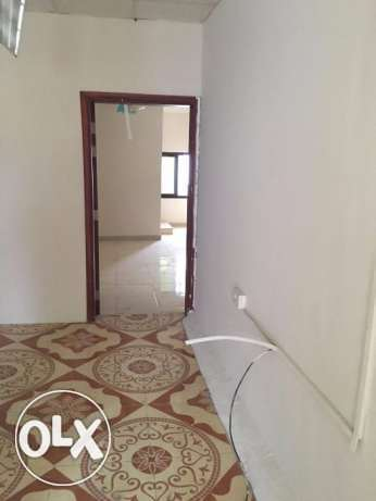 3 BHK for rent in alkhawir 17/1 3 bedrooms Hall Big kitchen مسقط -  7