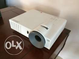 LG Projector Almost new