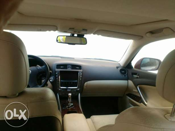 Lexus Car for sale, single owner, lady driven, only company service, u مسقط -  4