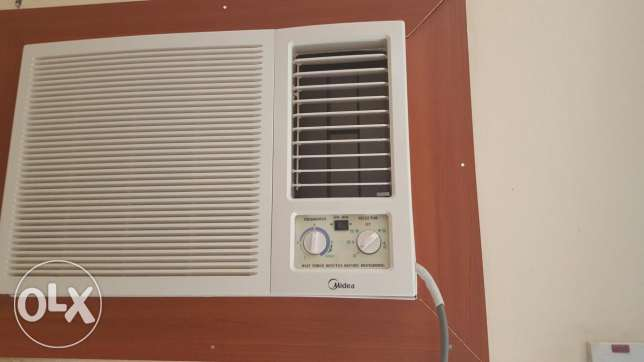 Midea window a/c . 1.5 ton