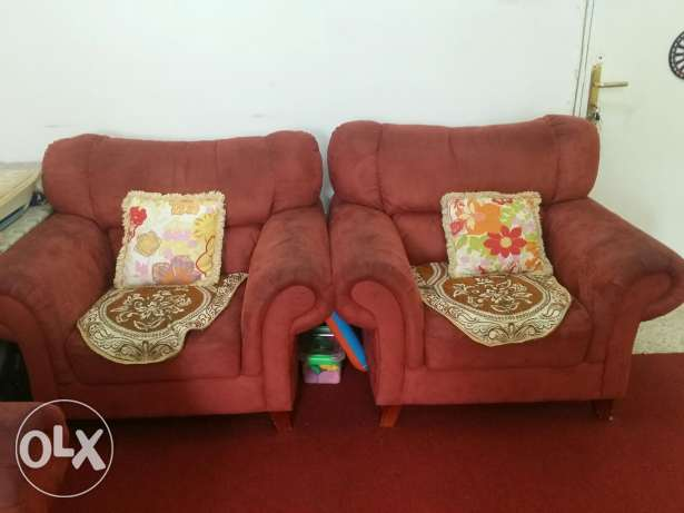 Sofa for sale in good condition. From home centre. روي -  1