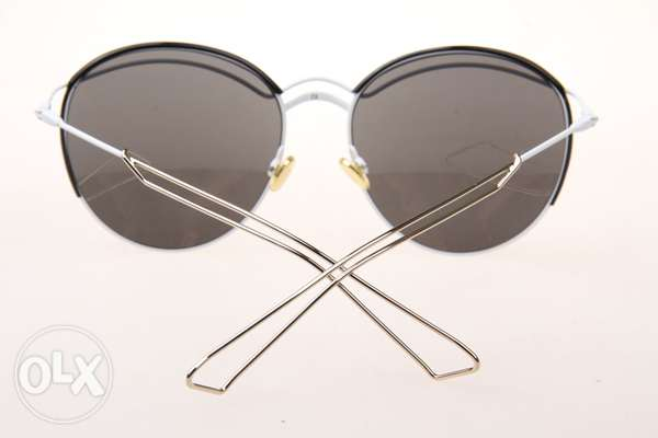 Brand New Dior Sunglasses with silver mirrored lens نظارة شمسية ديور مسقط -  3