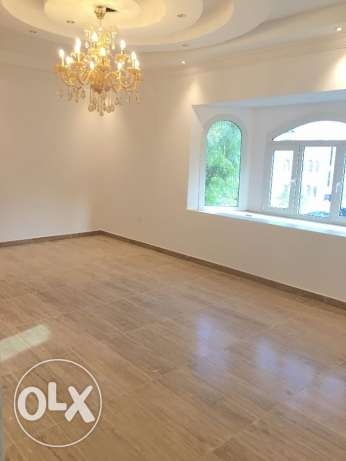new villa for rent in alqurom in pdo street مسقط -  4