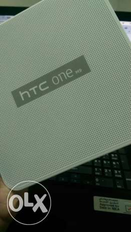 Htc one m9 32 gb gold color new box piece مسقط -  3