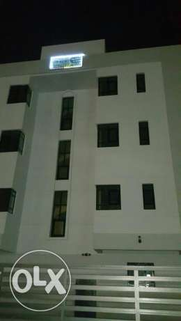 In souq alkhoud luxury flats for rent AC and super luxe new buildind