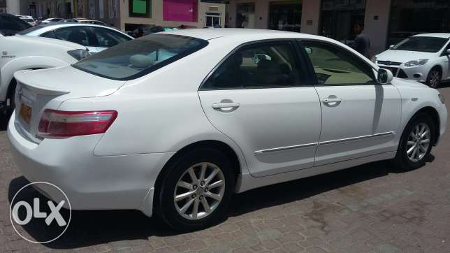Toyota camry. Full Automatic. Good condition