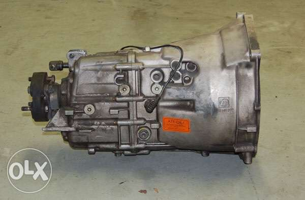 zf M3 transmission 5 speed for sale in good condition