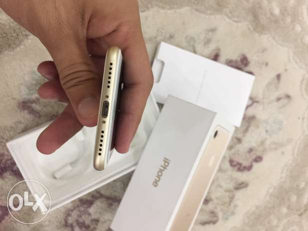 iphone 7 gold color 128GB only one month used مسقط -  6