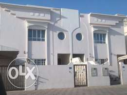 i1 brand new twin villa for for rent in al ozaiba