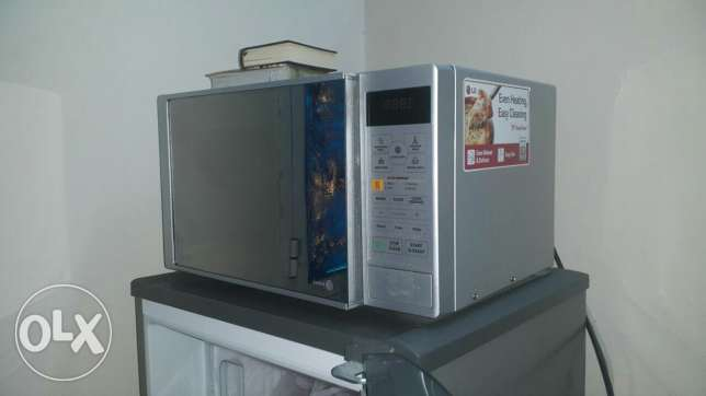 micro oven very good condition