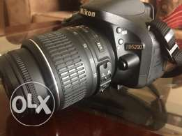 Nikon D5200 DSLR for sale (OMR 280)