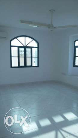 3 BHK Commercial Residential in 18 No street -3bedrooms - Hall - kit مسقط -  2