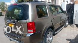 Honda pilot fo sale good condition lady use only..