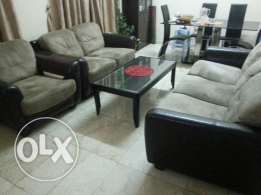 3+2+1 Home centre purchased sofa set with centre table