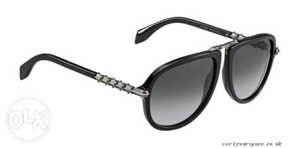 We sale sunglass from italy and france from the dealer all original