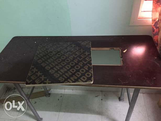tailoring table for sale 12 omr صحار -  1