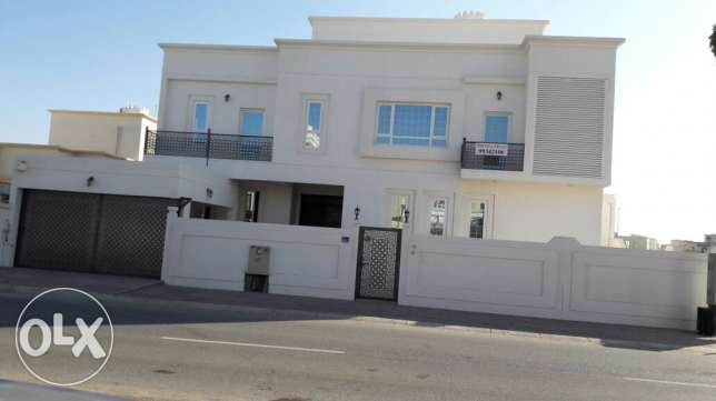twin villa for sale مسقط -  5