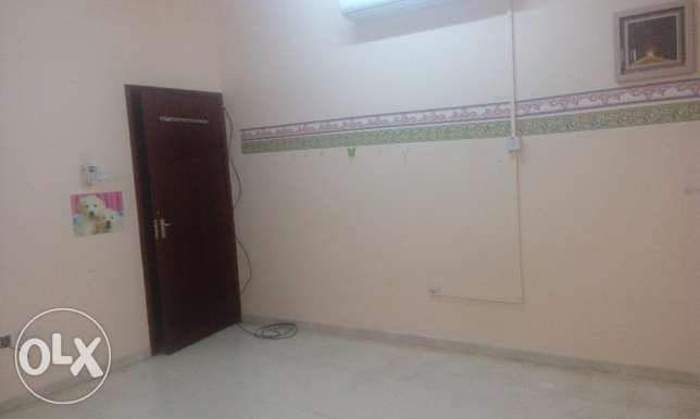 Room for Rent - QURM beside SABCO