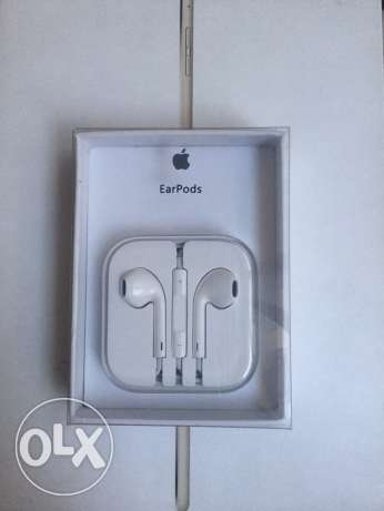 iPhone OEM headphones