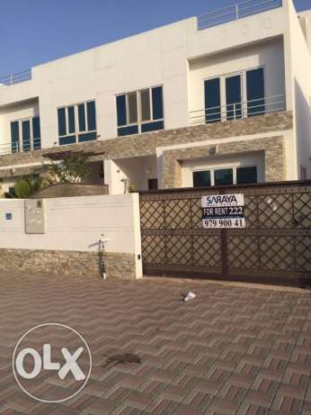 villa for rent in al mawaleh south 5bhk