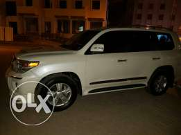 Land Cruiser GXR Model 2014 Excellent Condition for Sale