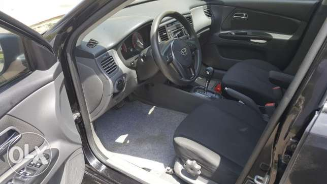 kia rio 2011 - top of the range edition -well maintained بوشر -  3