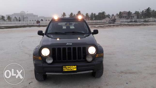 Jeep cherokee model 2005 auto lock ac enjine all are in good condition