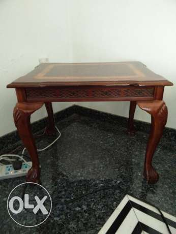 Wooden Side tables (2 Nos.) with a cool design مسقط -  2