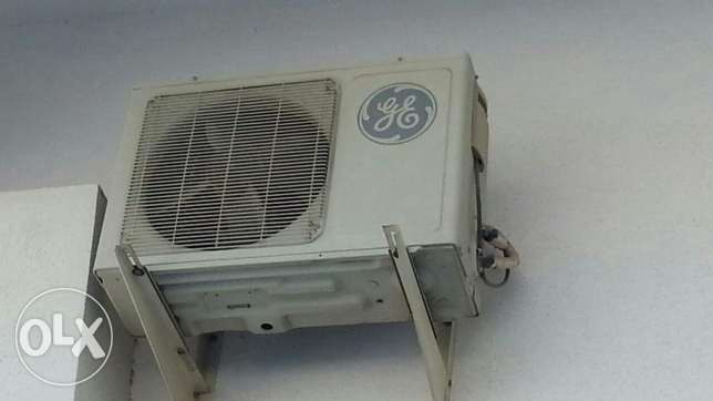 Split ACs 2 nos. Immediate sale مسقط -  4