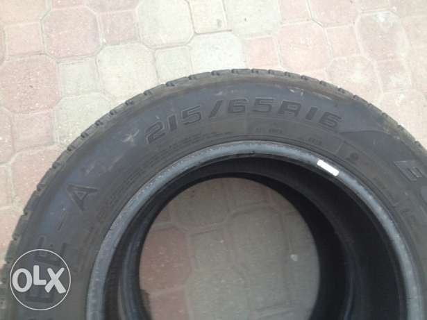 used tyre 215/65/R16