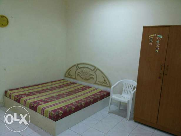 Room for rent in prime location rawasco al khuwair مسقط -  1