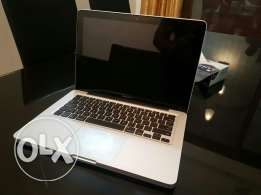 Apple macbook non retina with charger