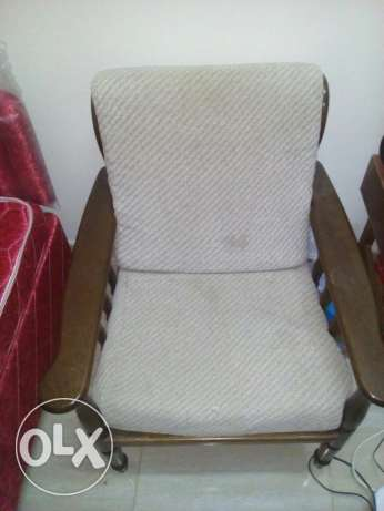 Single wooden chair with washable cover in darsait مسقط -  1
