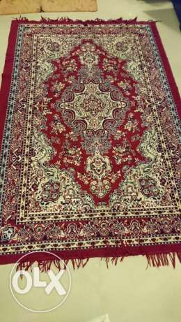 2 Carpets in good condition for sale **Price Reduced مسقط -  2
