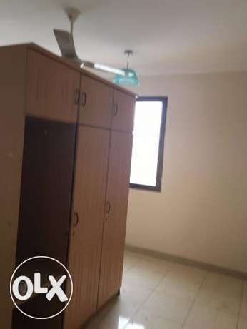3 BHK for rent in alkhawir 17/1 3 bedrooms Hall Big kitchen مسقط -  5