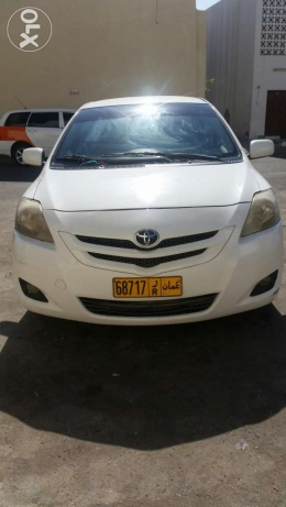 Toyota yaris full manual in good condition مطرح -  2