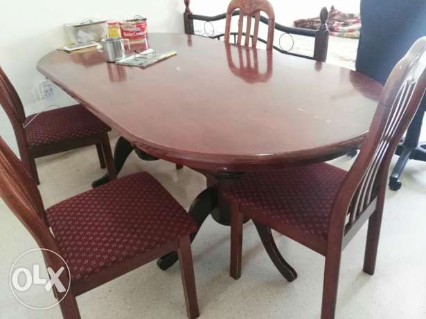 Dining table 8 seater size, only 4 chairs available