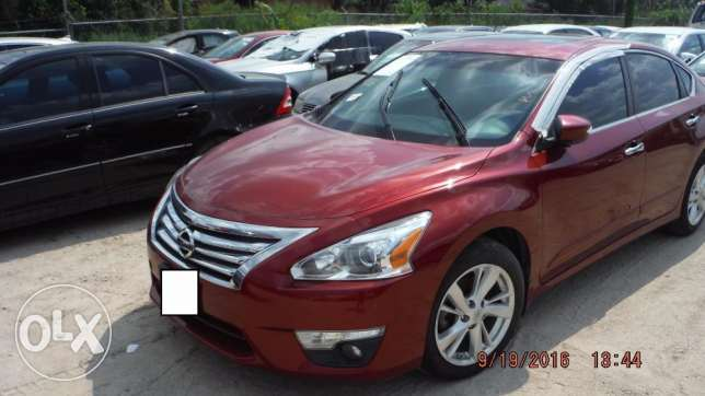 Full option 2013 Nissan Altima Imported (PRICE NEGOTIABLE!) مسقط -  1