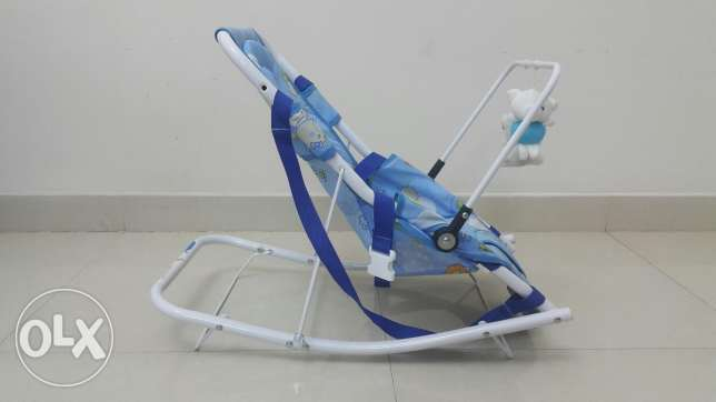 Rocking chair for the Lil one مسقط -  2