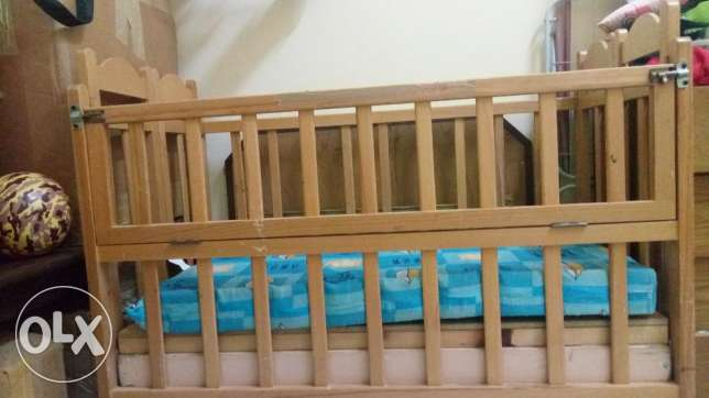 Baby cot with mattress for urgent sale مسقط -  4