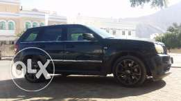 Jeep Grand Cherokee SRT8 2006 Expat Lady Driver