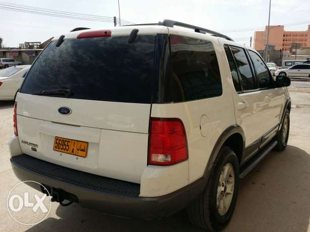Ford explorer 2004 full option with sunroof for sale صلالة -  2