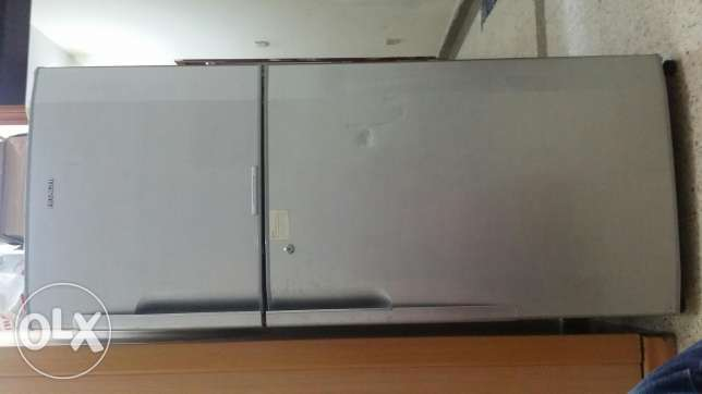 Hitachi double door freezer مسقط -  2