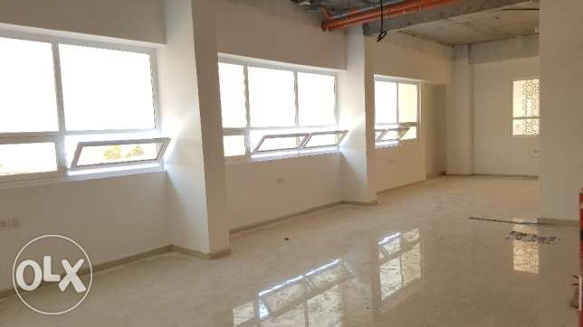 Showroom & Office Space for RENT in Bausher Street مسقط -  1