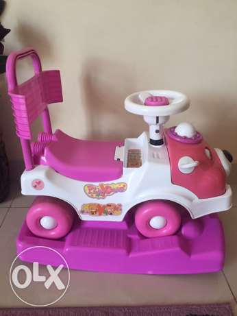 kids car from babyshop three in one روي -  2