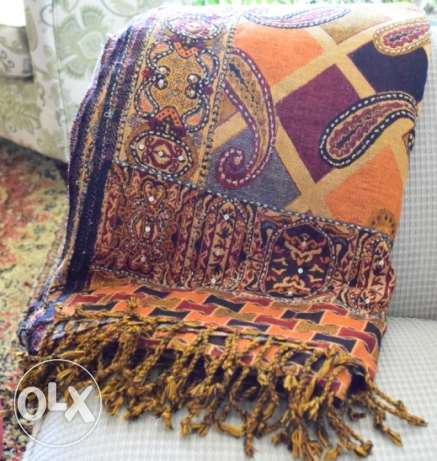Woolen Shawl with handmade work مسقط -  1