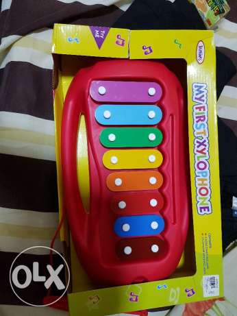 new and packed Xylophone for kids,. جديدة ومعبأة إكسيليفون للأطفال