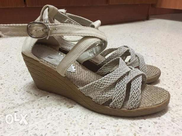 Brand new and used heals مسقط -  3
