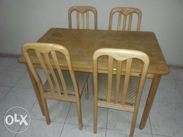 Wooden Dinning Table with 4 Chairs and Metal Cot مسقط -  1