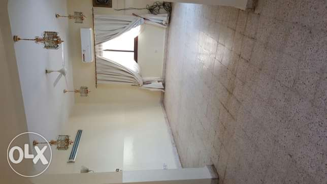 Flat for rent in khwaier مسقط -  2